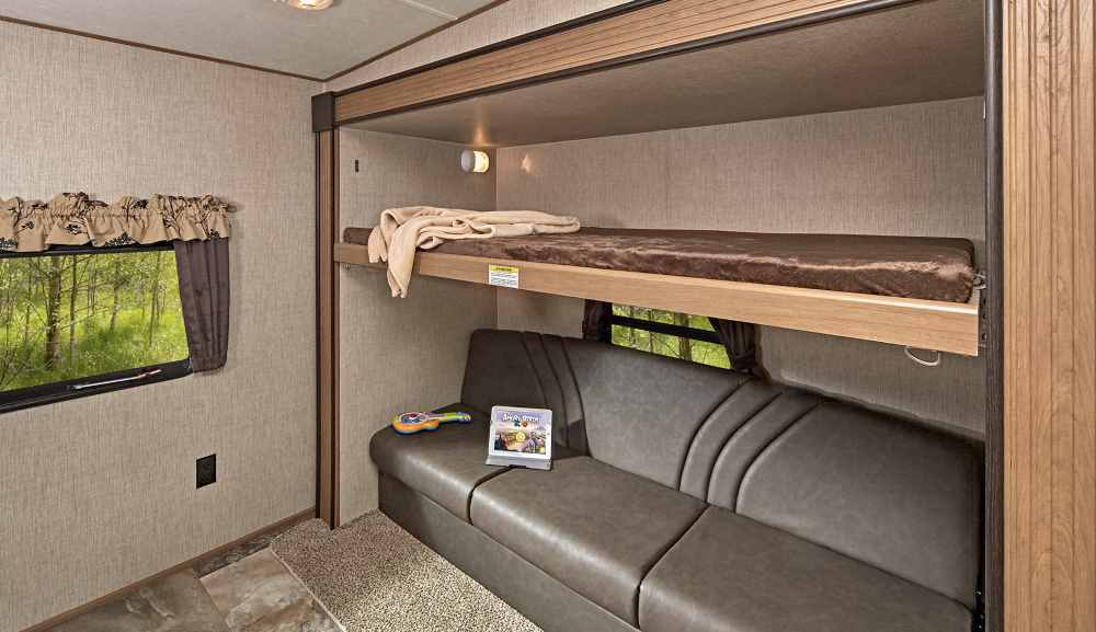 travel trailer with bunkhouse