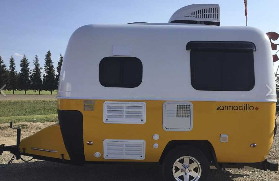9 Ultra Lightweight Travel Trailers Under 2000 Pounds