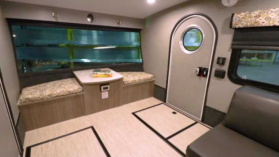 ultra lightweight travel trailers under 2000