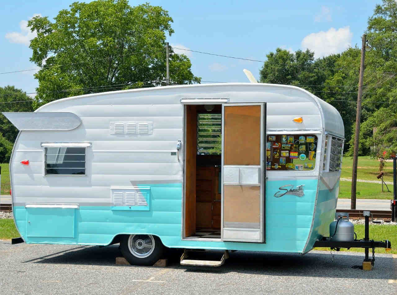 How Much Does a Vintage RV Cost ?
